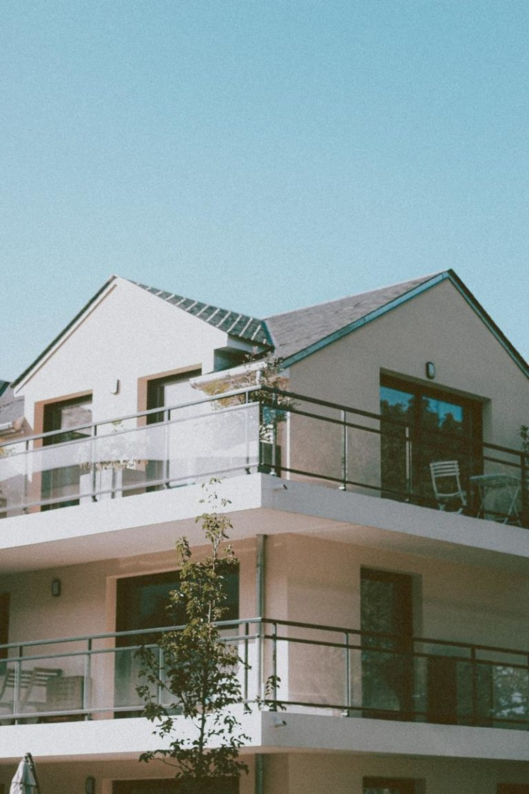 Osłony na balkon od sprawdzonych producentów