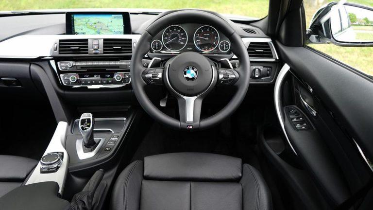 Sprzedaż samochodu w skupie – na czym to polega?